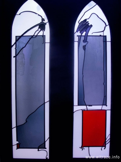 """Painted by glass. Made in Germany."" Best artistic & stained glass works from Derix studio in Krosno, Poland"