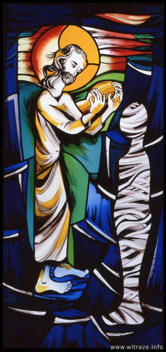 Window 13 Scene 5 - Raising of Lazarus