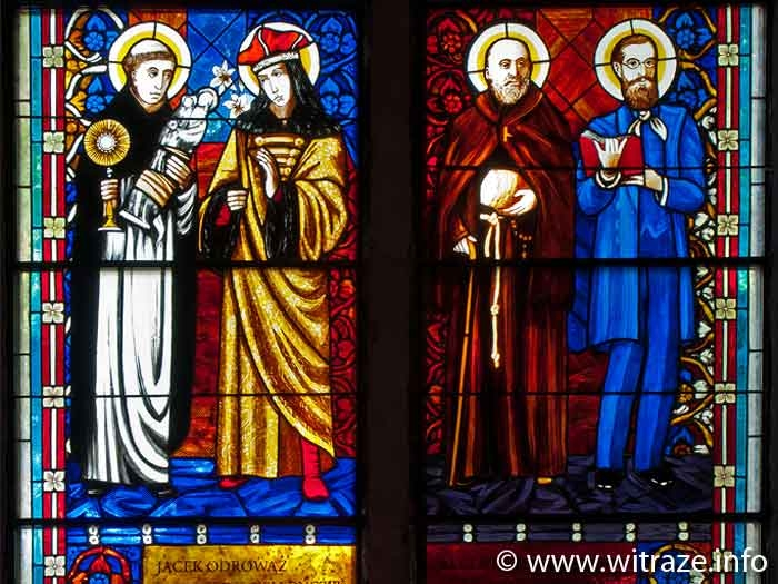 Saints: Jacek Odrowaz, Kazimierz Jagiellonczyk, Albert Chmielowski, Edmund Bojanowski - stained glass windows in Pila church