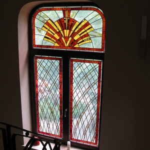 What type of the stained glass fits your interior?