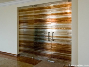 Frameless Art Glass Partition with Double Doors