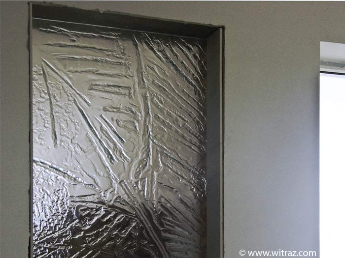 Art glass - massive, textured partition wall