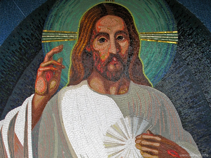 "Venetian glass mosaic in South Korea inspired by the ""Jesus, I trust in You"" Divine Mercy."