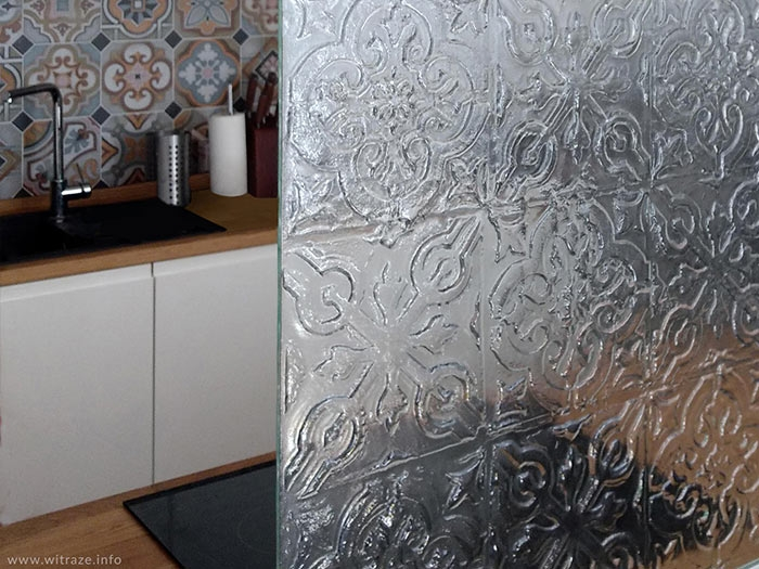 Moroccan kitchen splashback glass panel