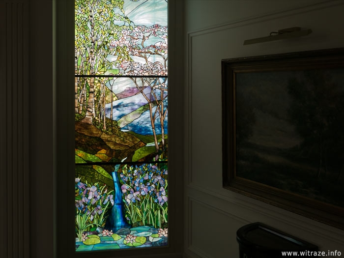 Tiffany's Stained Glass Replica