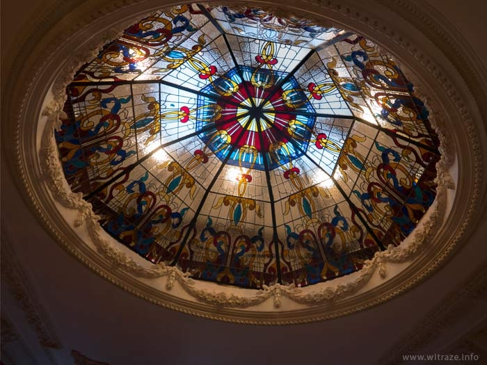 Stained glass dome for a private residence